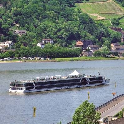 Brabant sailing the River Rhine