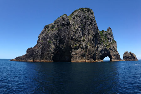 Hole in the rocks in Bay of Islands, New Zealand