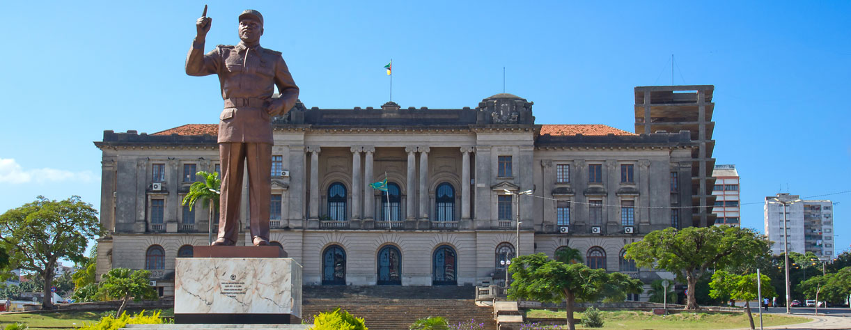 City hall and statue of Michel Samora in Maputo, Mozambique