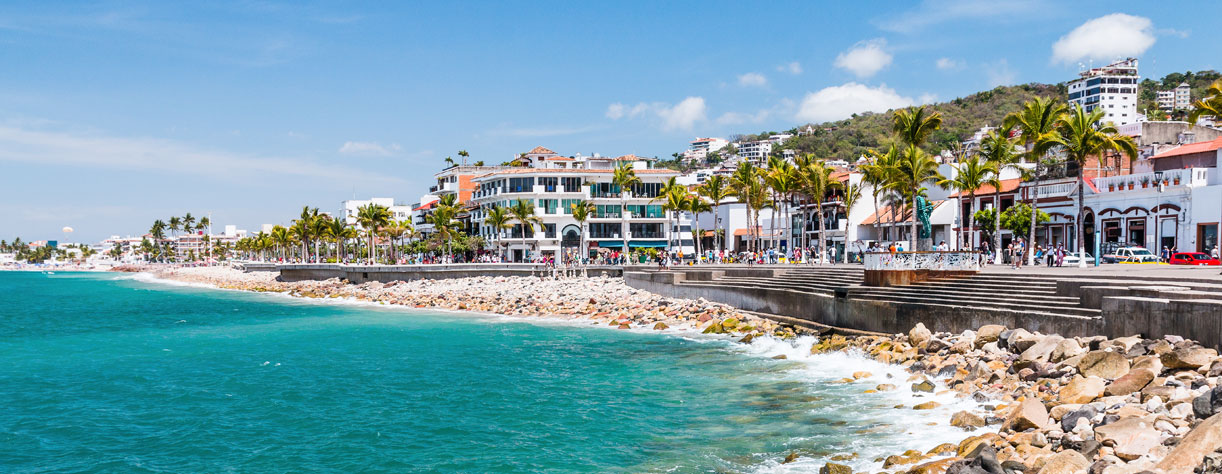 Promenad in Puerto Vallarta, Mexico