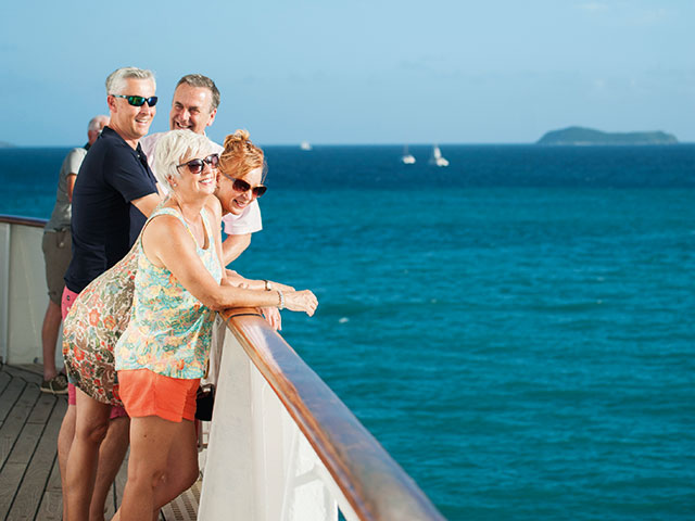 Friends on deck, cruising the Carribean sea