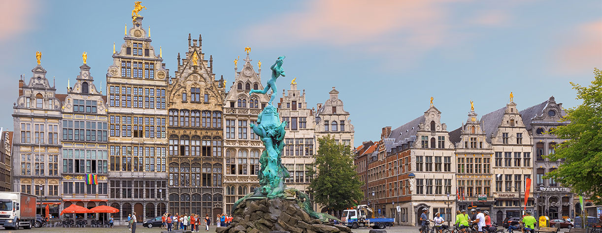 Brabo fountain at market square, centre of Antwerp, Belgium