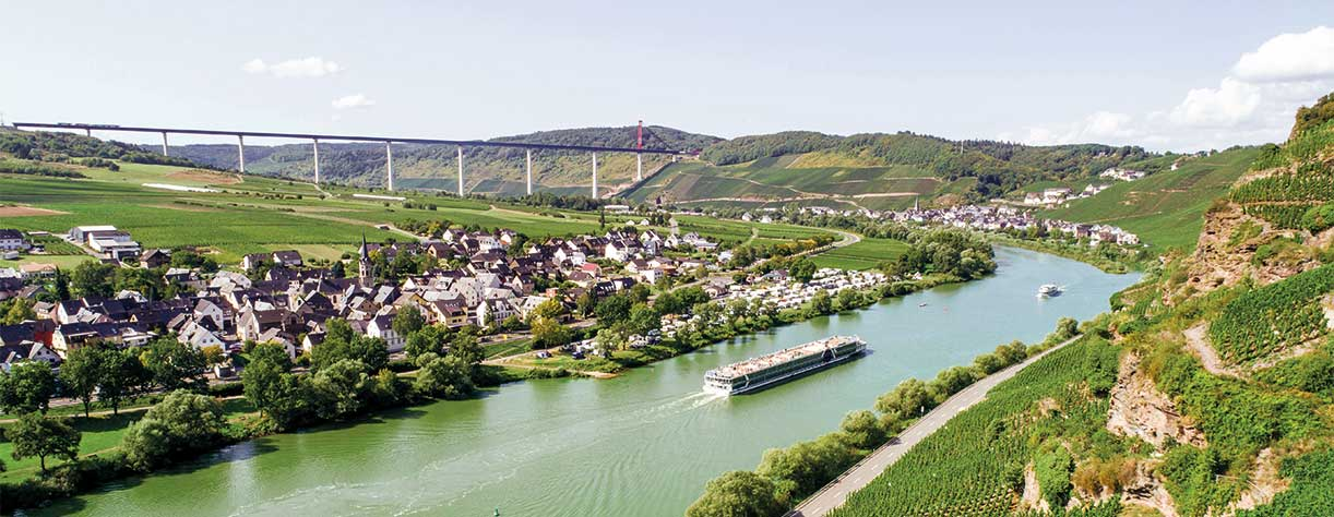 Brabant cruising the Middle Moselle River