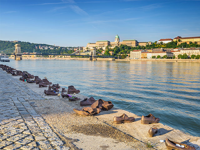 Budapest city skyline and Danube river, Budapest, Hungary