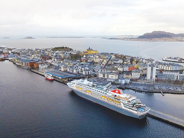 Balmoral docked in Alesund