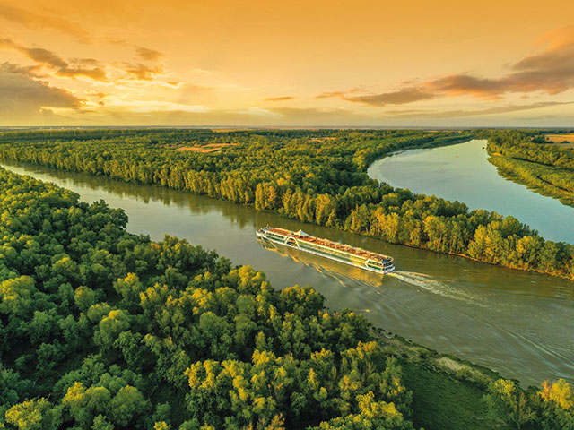 Brabant cruising the Delta Danube