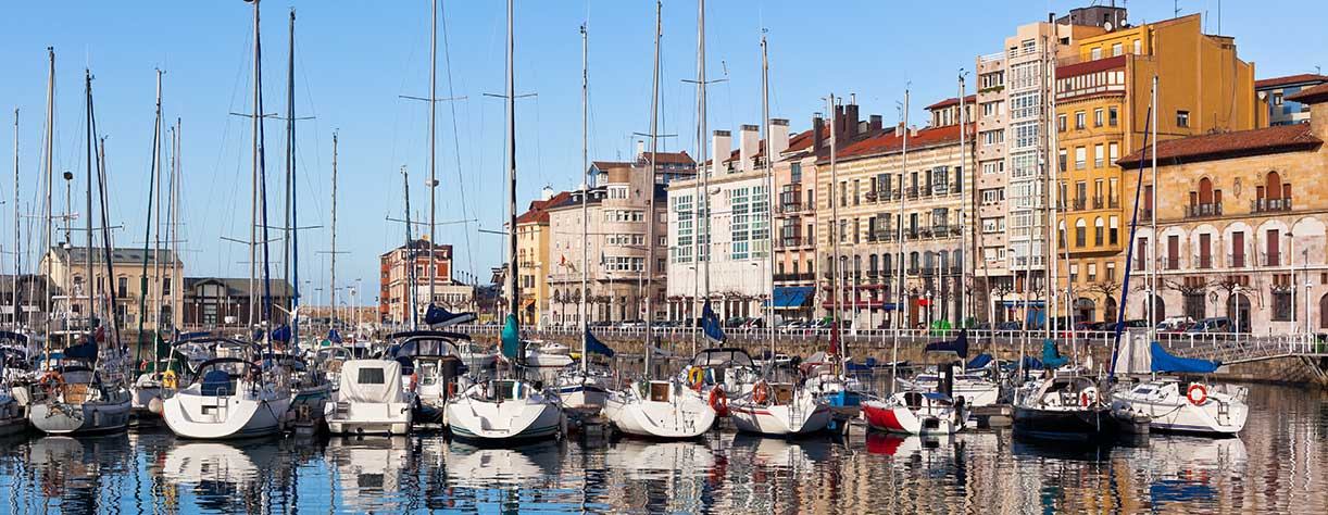 View on Old port of Gijon with yachts, Gijon, spain